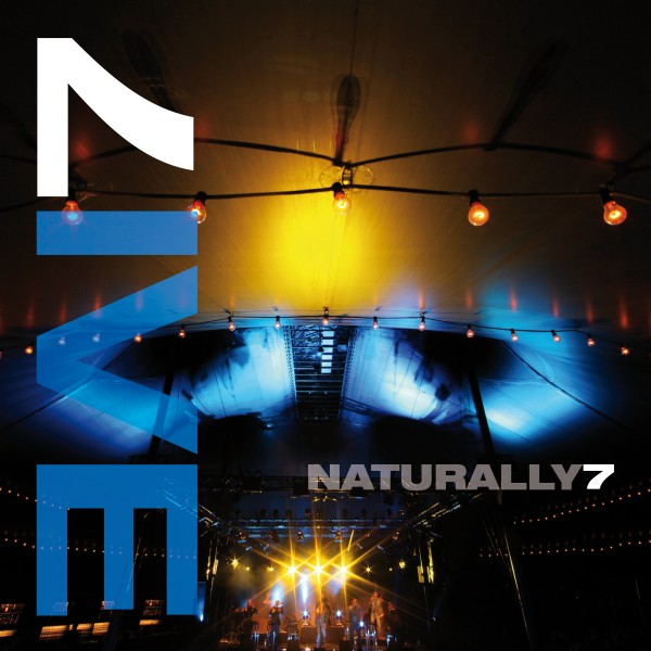 Naturally 7 - Live